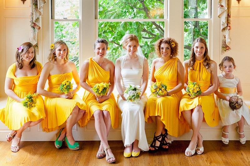 3-madrinhas-de-casamento-vestido-amarelo
