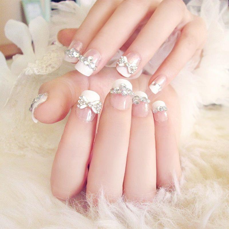3-unha-de-noiva-com-apliques-de-cristal