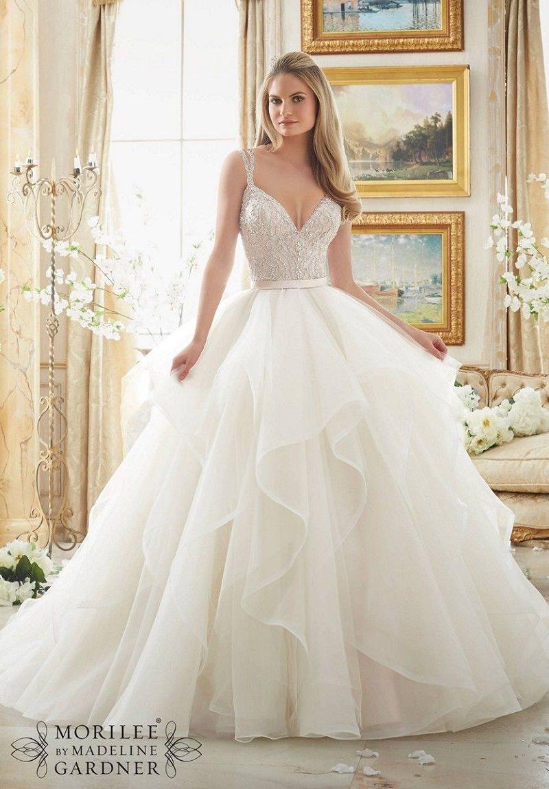 3-vestido-de-noiva-com-volume-e-detalhe-em-tule