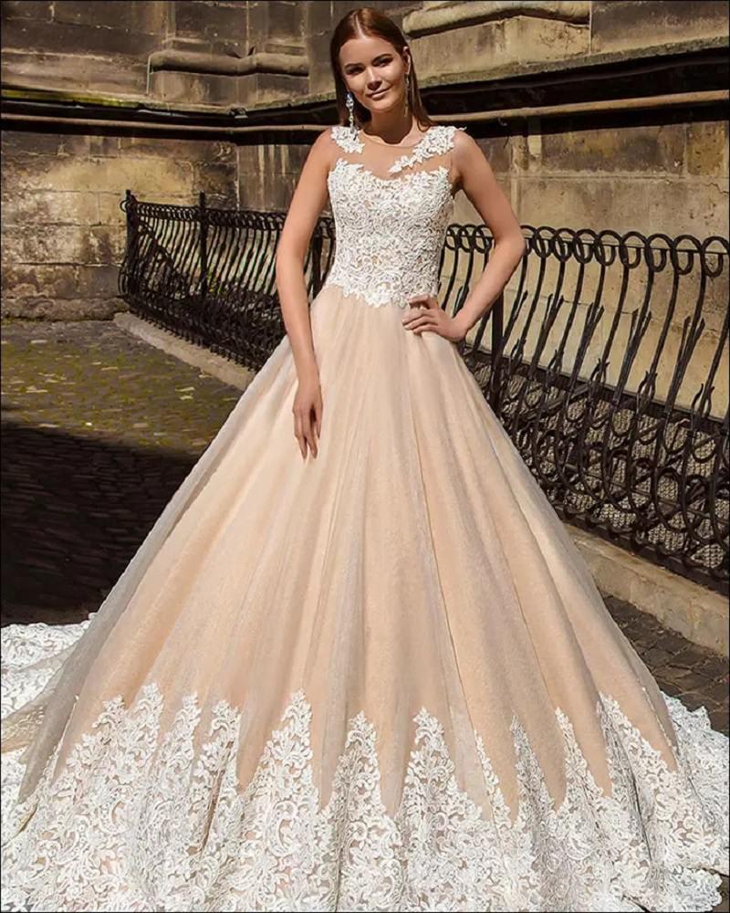 4-vestido-de-noiva-champagne-com-detalhes-em-renda-branca