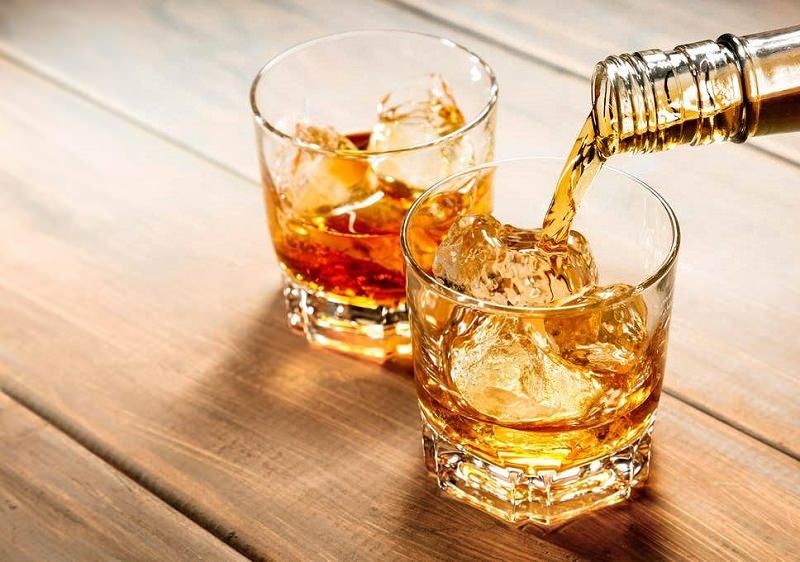 whisky-para-servir-casamento