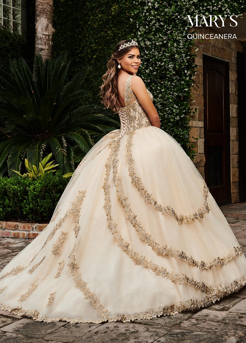 14-vestido-de-noiva-princesa-com-bordados-dourados