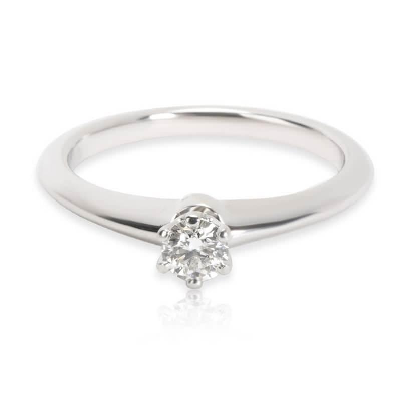 3-anel-de-noivado-solitario-tiffany