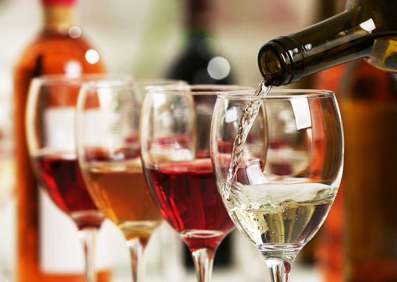 taça-vinhos-tinto-e-branco