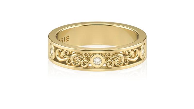 5-alianca-de-ouro-com-arabescos-e-diamante