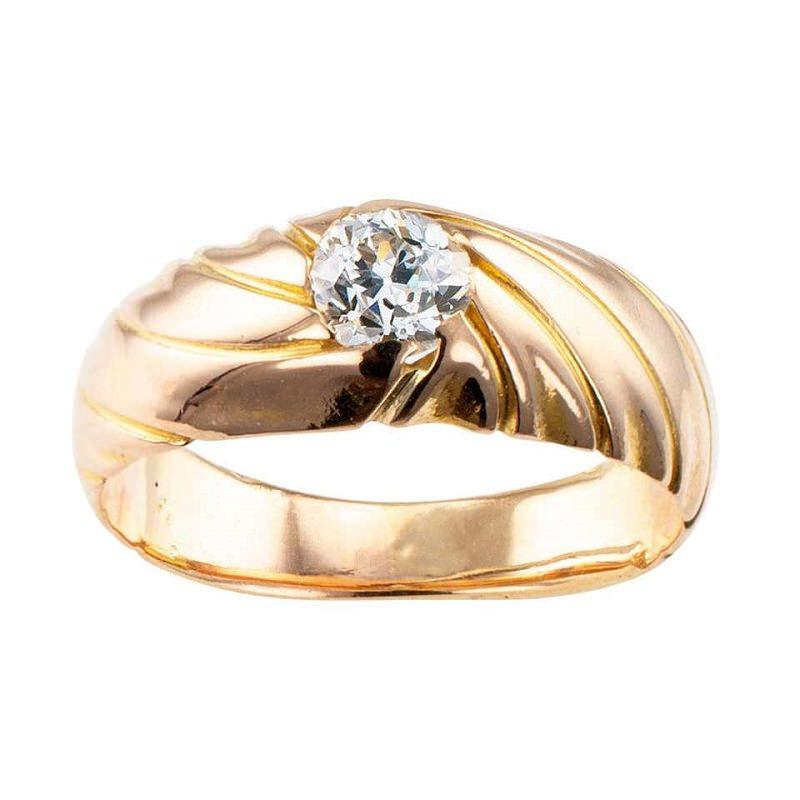 pedido-de-casamento-retro-com-anel-solitario-vintage