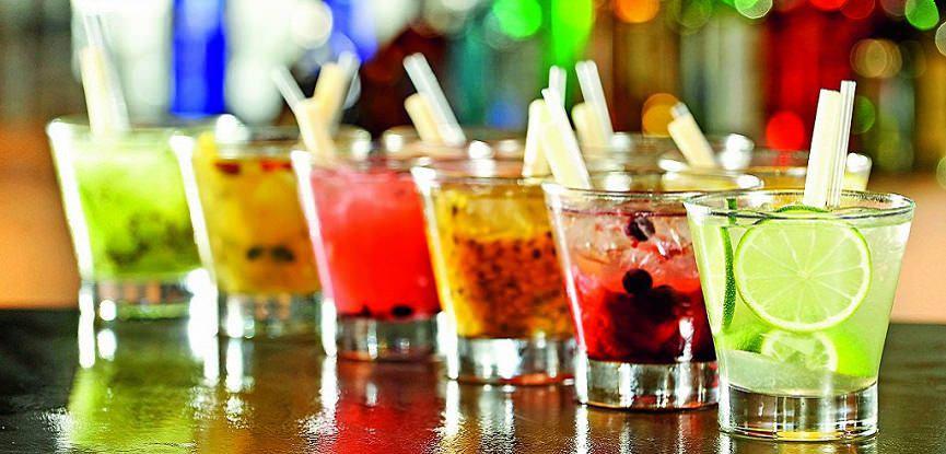 bar-de-caipirinhas-buffet-de-casamento-escolha-de-bebidas