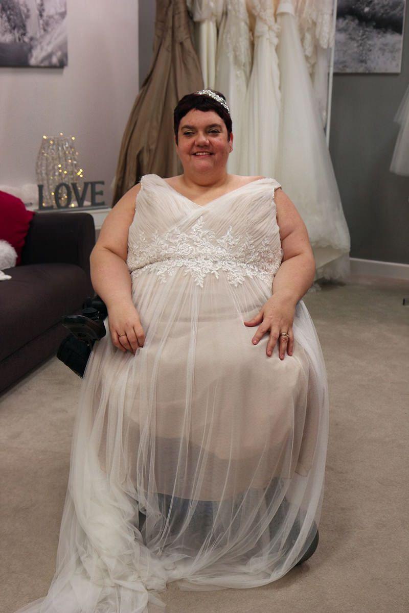 6-noiva-cadeirante-com-vestido-de-noiva-confortavel