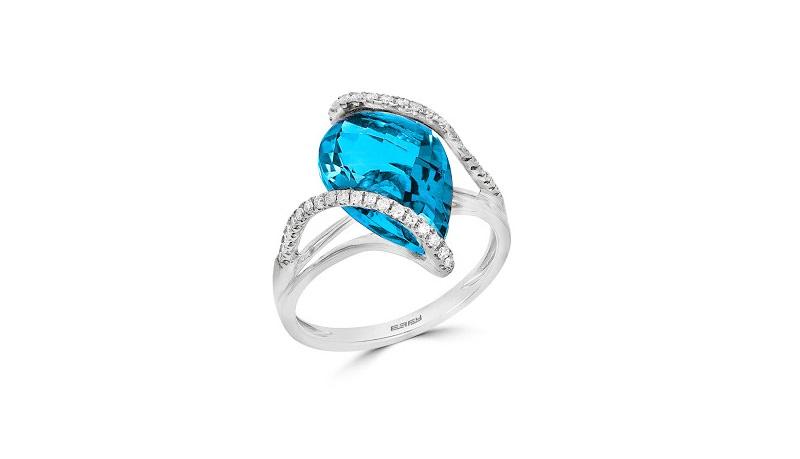 7-pedido-de-casamento-com-anel-topazio-azul