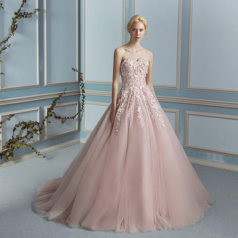 14-vestido-de-noiva-rosa-com-detalhes-bordados