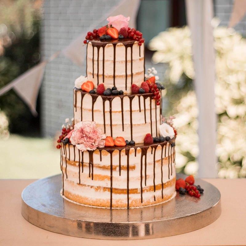 18-naked-cake-decorado-para-casamento