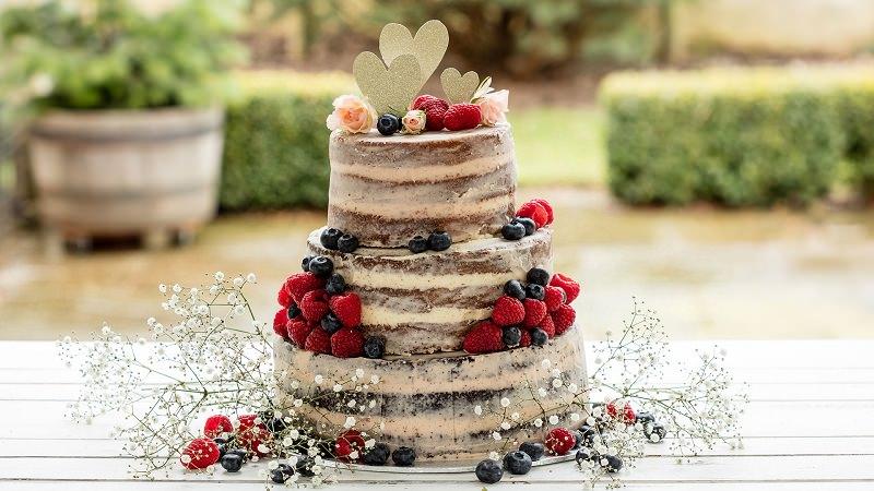 19-naked-cake-de-frutas-vermelhas-casamento-sabor-tradicional