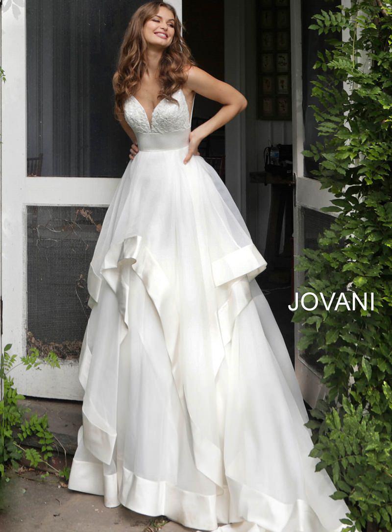 4-vestido-de-noiva-moderno-off-white