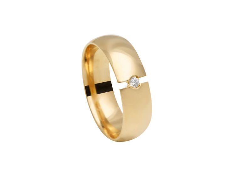 11-alianca-grossa-de-ouro-amarelo-com-diamante-central