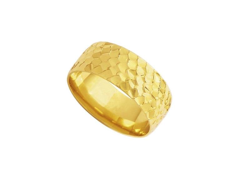 14-alianca-de-casamento-de-ouro-amarelo-com-detalhe-martelado