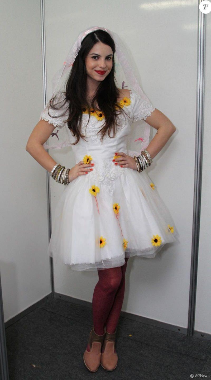 10-vestido-de-noiva-festa-junina-com-detalhes-de-girassol