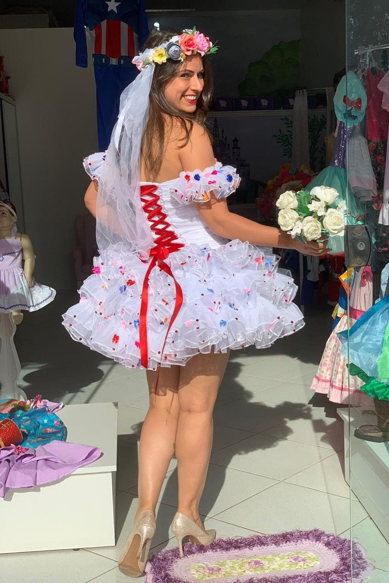 8-vestido-de-noiva-com-laço-vermelho-festa-junina