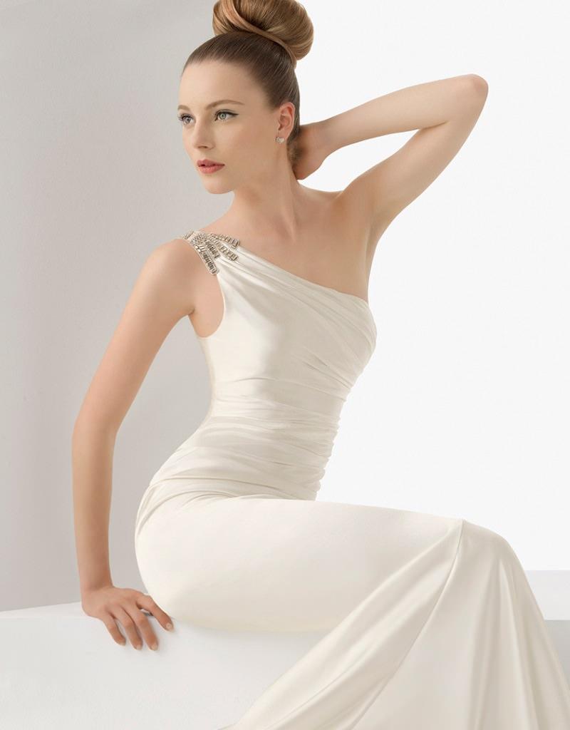 10-vestido-de-noiva-de-um-ombro-so-com-bordados
