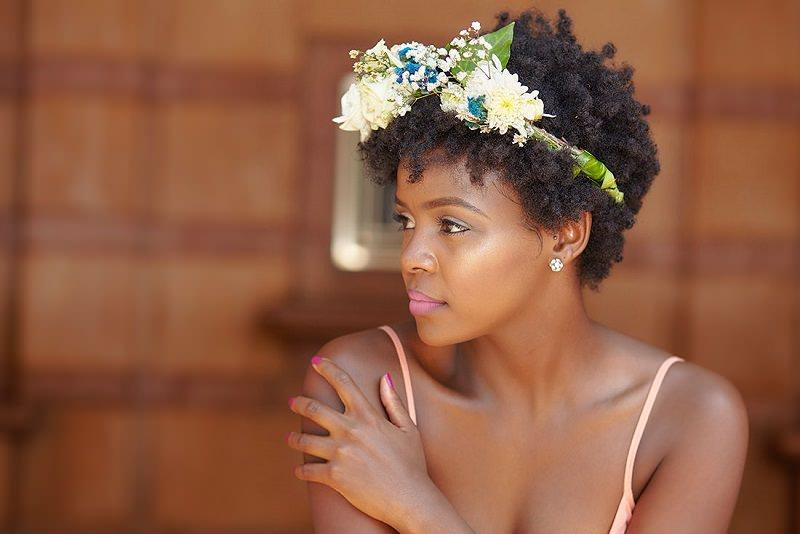 12-tiara-com-flores-para-penteado-de-casamento