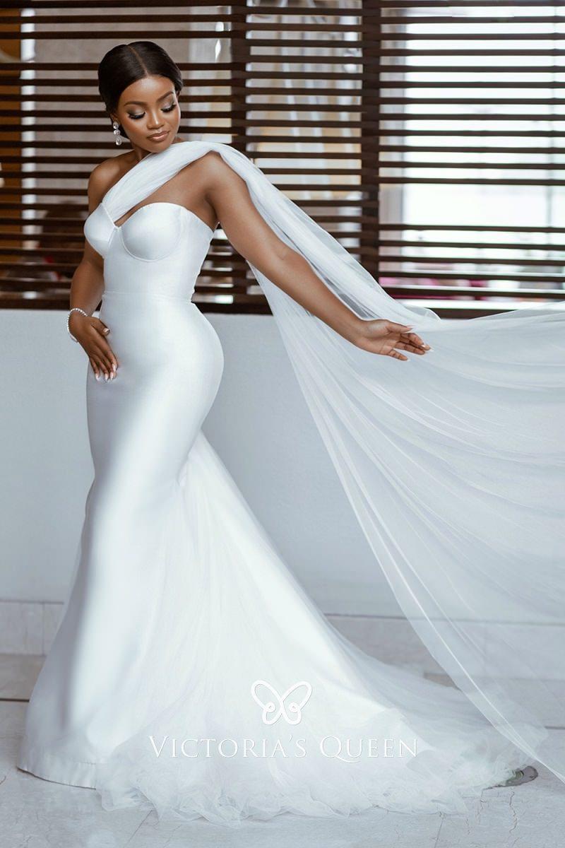 9-vestido-de-noiva-de-um-ombro-so-com-detalhe-de-veu