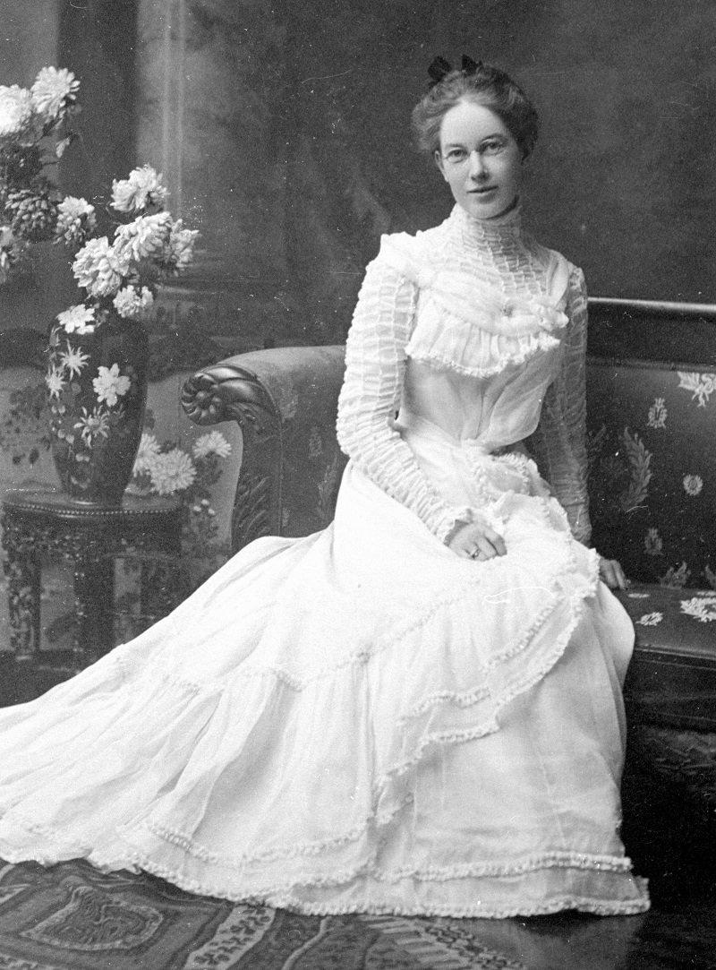 1900-historia-dos-vestidos-de-casamento-ao-longo-do-tempo