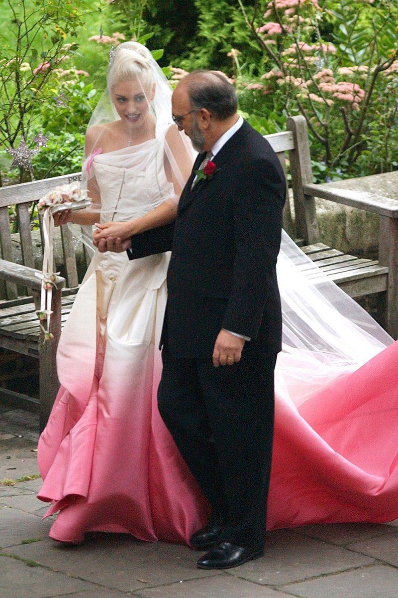 2000-casamento-gwen-stefani-noiva-moderna-vestido-dior